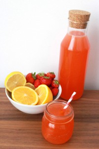 Homemade roze limonade