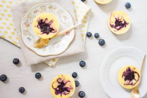 Mini blauwe bessen cheesecakes
