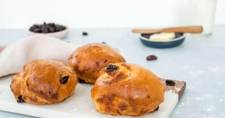 Rozijnenbroodjes  (zonder suiker)