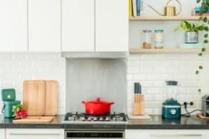 lenteschoonmaak: geef je keuken een lente makeover!