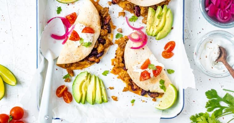 Krokante Taco's met kip en cheddar uit de oven