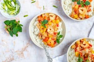 Rijst met scampi's en romige paprikasaus
